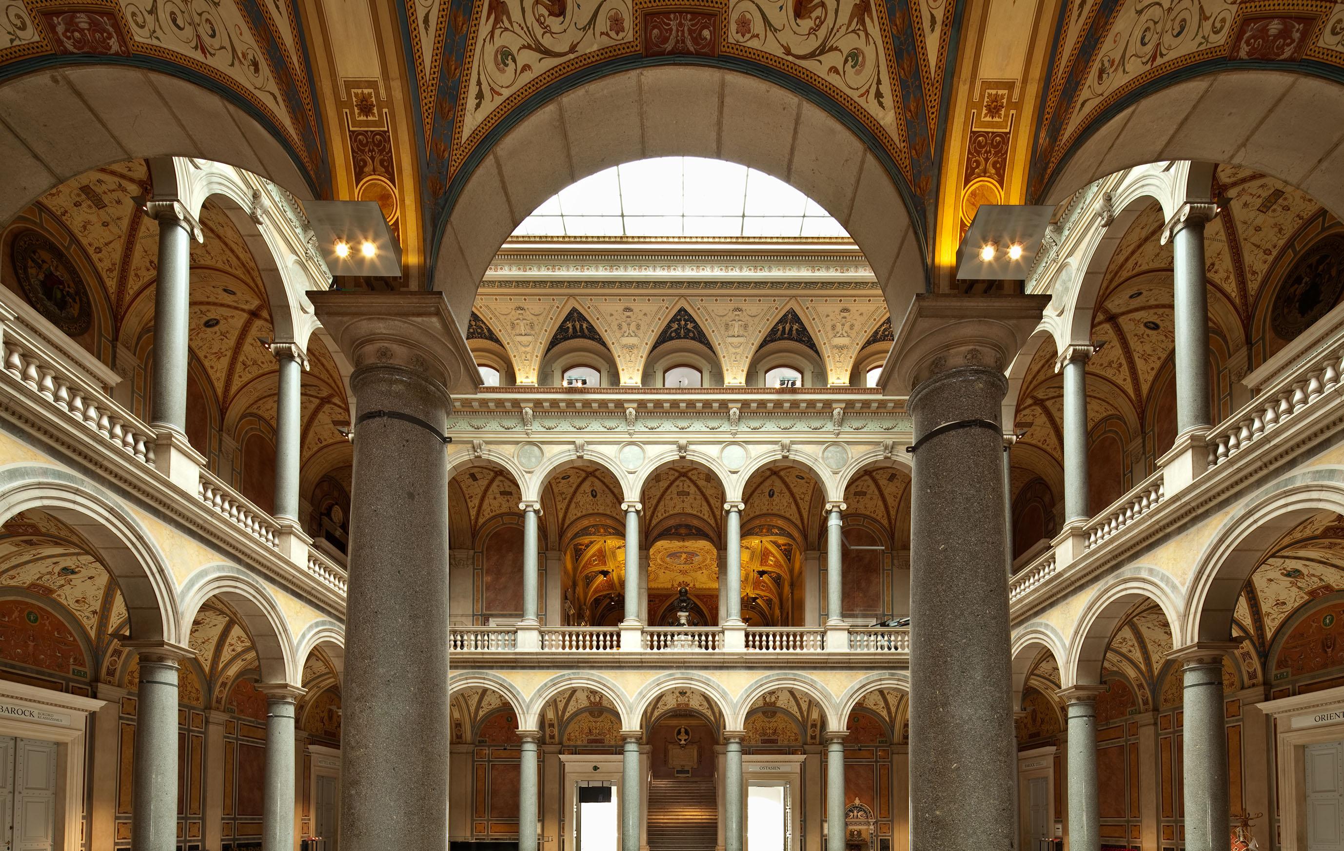 MAK - Museum für angewandte Kunst, Säulenhalle